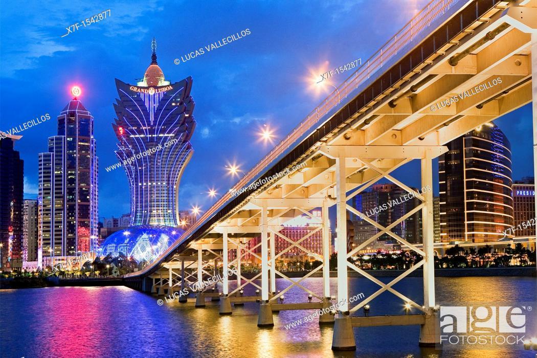 Stock Photo: City Skyline with Bank of China Building, Grand Lisboa Hotel-Casino and Governador Nobre de Carvalho bridge,Macau,China.