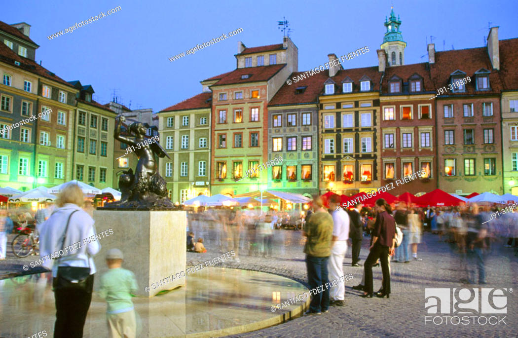 Stock Photo: Old Town Market Square (Rynek Starego Miasta) with rebuilt buildings after World War II. Warsaw. Poland.