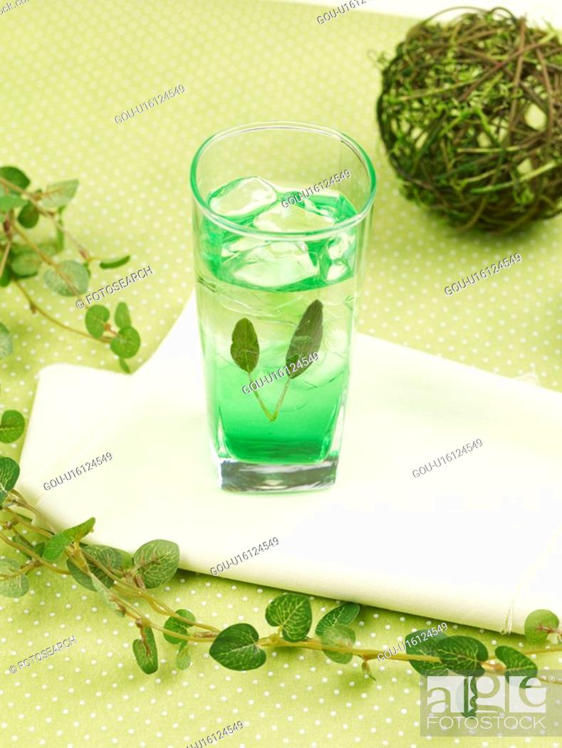 Stock Photo: decoration, leaf, food styling, table mat, tablecloth, glass, glass cup.
