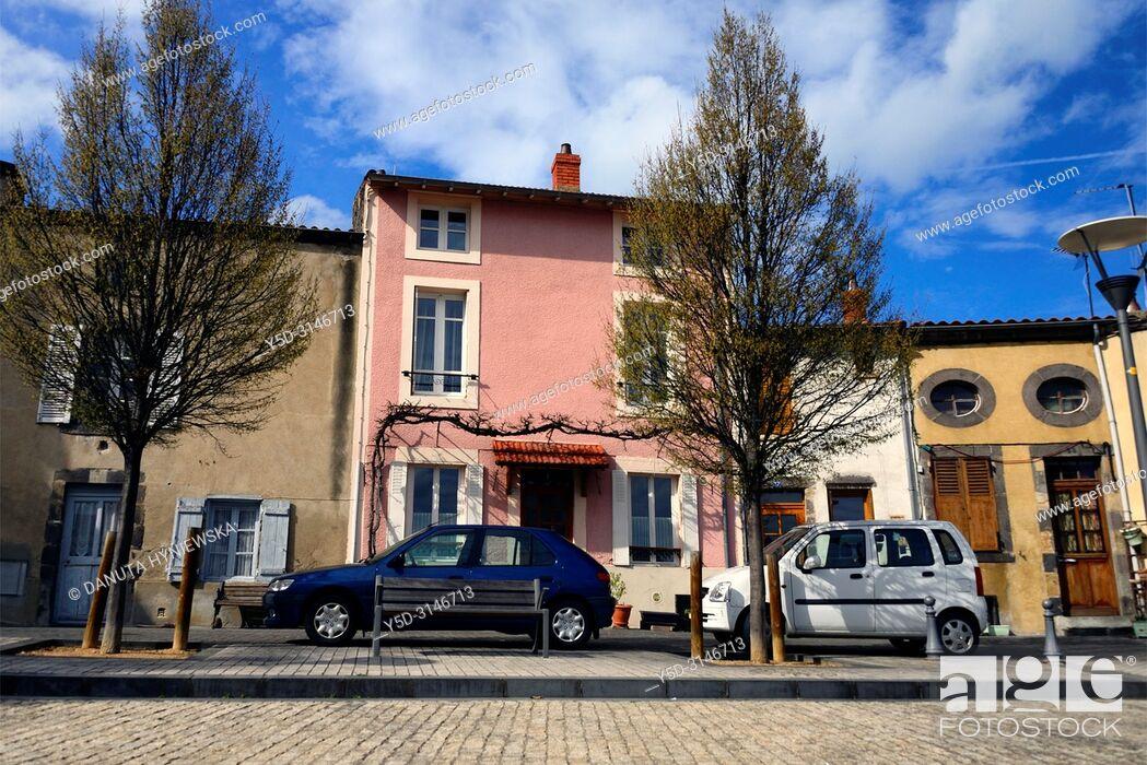 Stock Photo: Place Marcel Sembat, old town of Montferrand - district of Clermont-Ferrand, Clermont-Ferrand, Puy-de-Dôme, Auvergne, Auvergne-Rhône-Alpes, France, Europe.