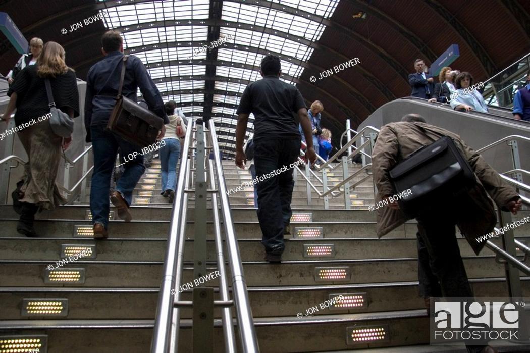 Stock Photo: England, London, Paddington, Commuters at Paddington Station.