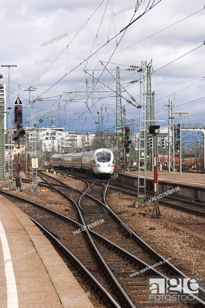 Stock Photo: railroad, conveyance, travel, track, way, path.