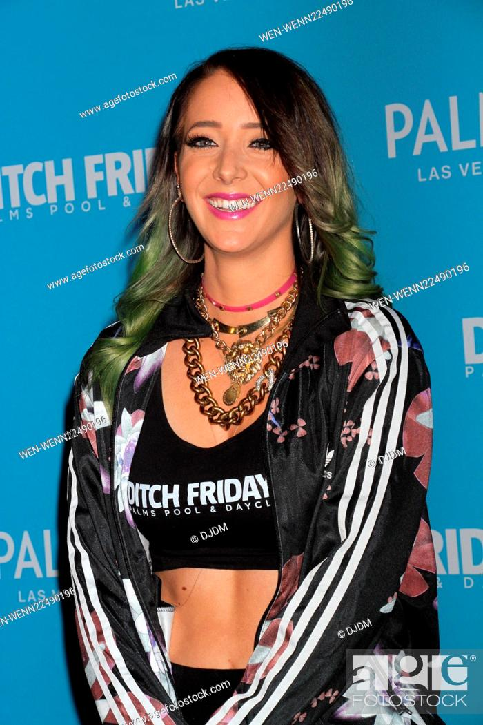 YouTube star Jenna Marbles hosts Ditch Fridays at the Palms