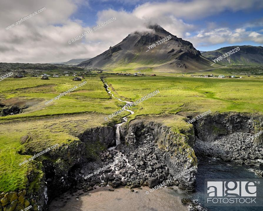 Imagen: Stapafell, Arnarstapi, Snaefellsnes Peninsula, Iceland.