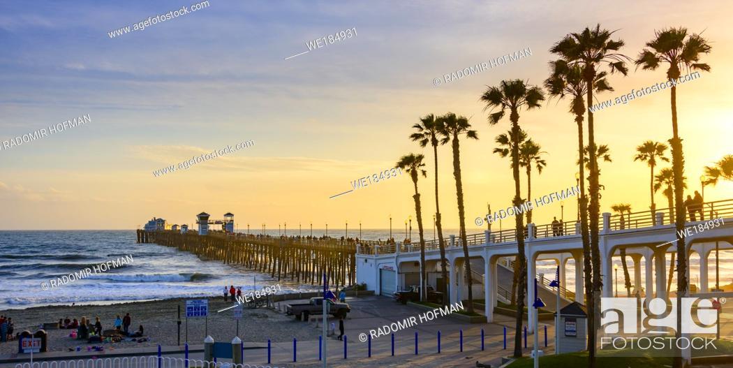 Stock Photo: Oceanside Pier, Southern California, USA.