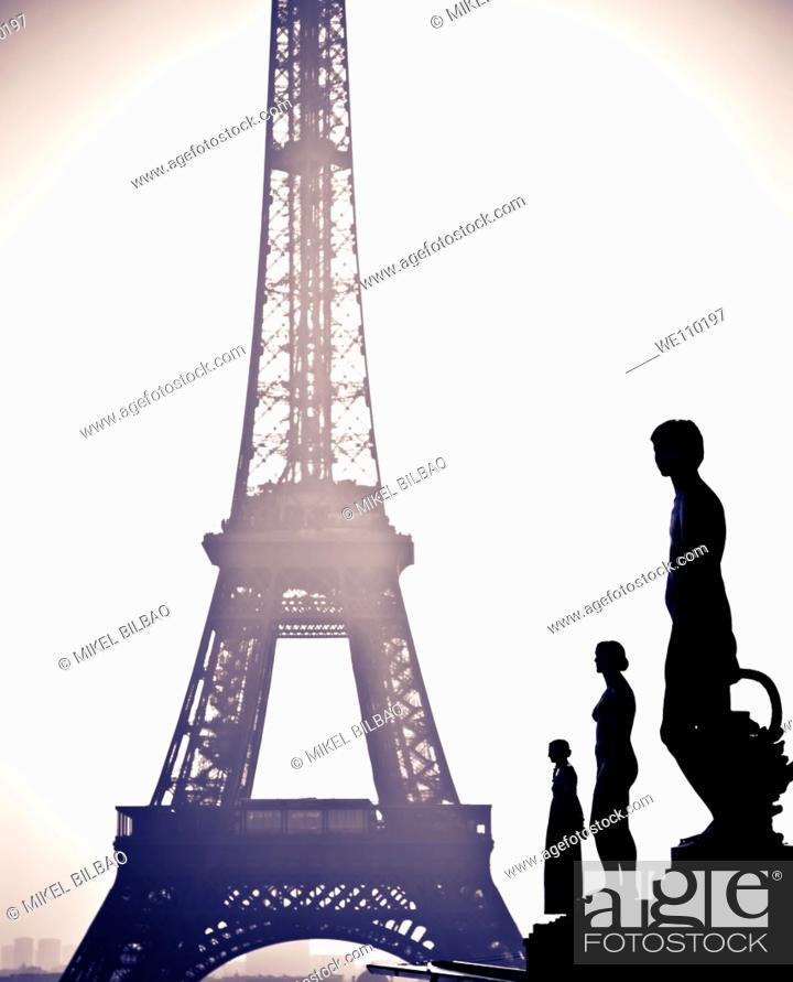 Stock Photo: Statuary at the Palais de Chaillot  and Eiffel Tower  Paris, France.