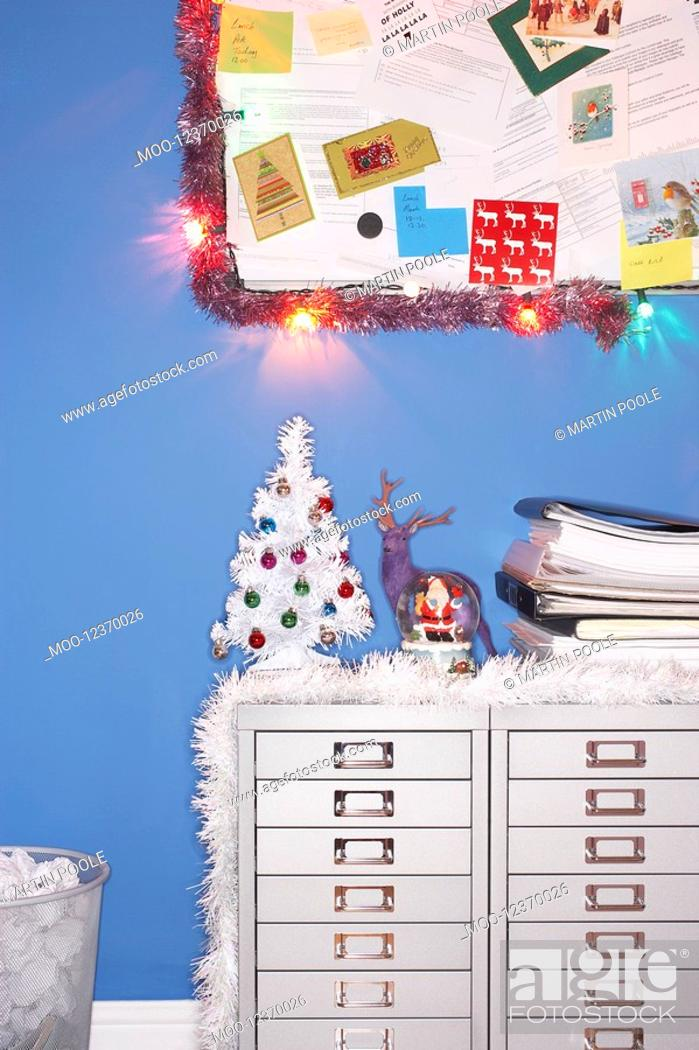Stock Photo: Christmas decorations in office.