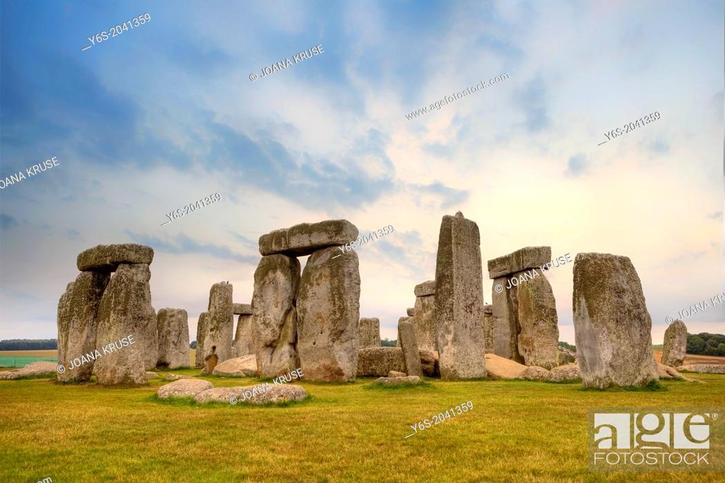 Stock Photo: Stonehenge, Amesbury, Wiltshire, England, United Kingdom.