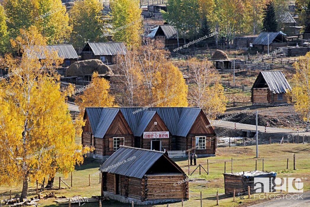 Imagen: Baihaba Village, Habahe County, Xinjiang Uygur Autonomous Region of People's Republic of China.