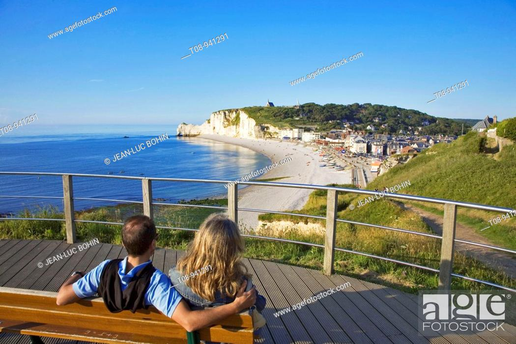 Stock Photo: france,normandie,etretat : plage,falaise d'amont : couple.