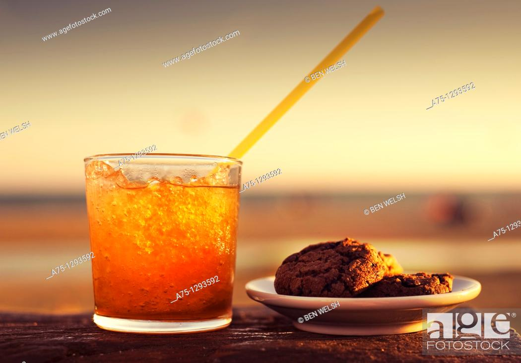 Stock Photo: Cold beverage and cookies.