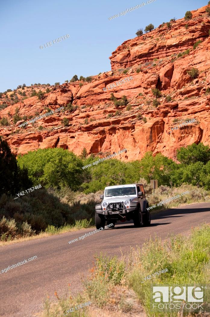 Stock Photo: USA, Utah, scenic road trip along Scenic Byway Highway 12 from Escalante to Boulder City, then out Burr Trail towards Capitol Reef.