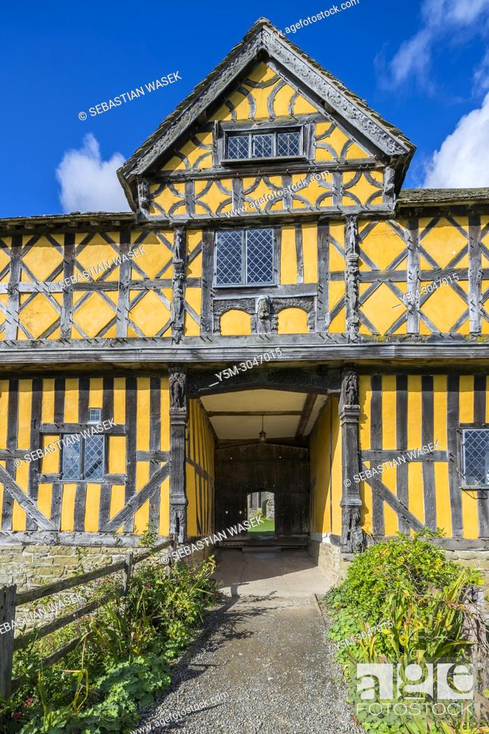 Stock Photo: Stokesay Castle a fortified manor house, Stokesay, Shropshire, England, United KIngdom, Europe.