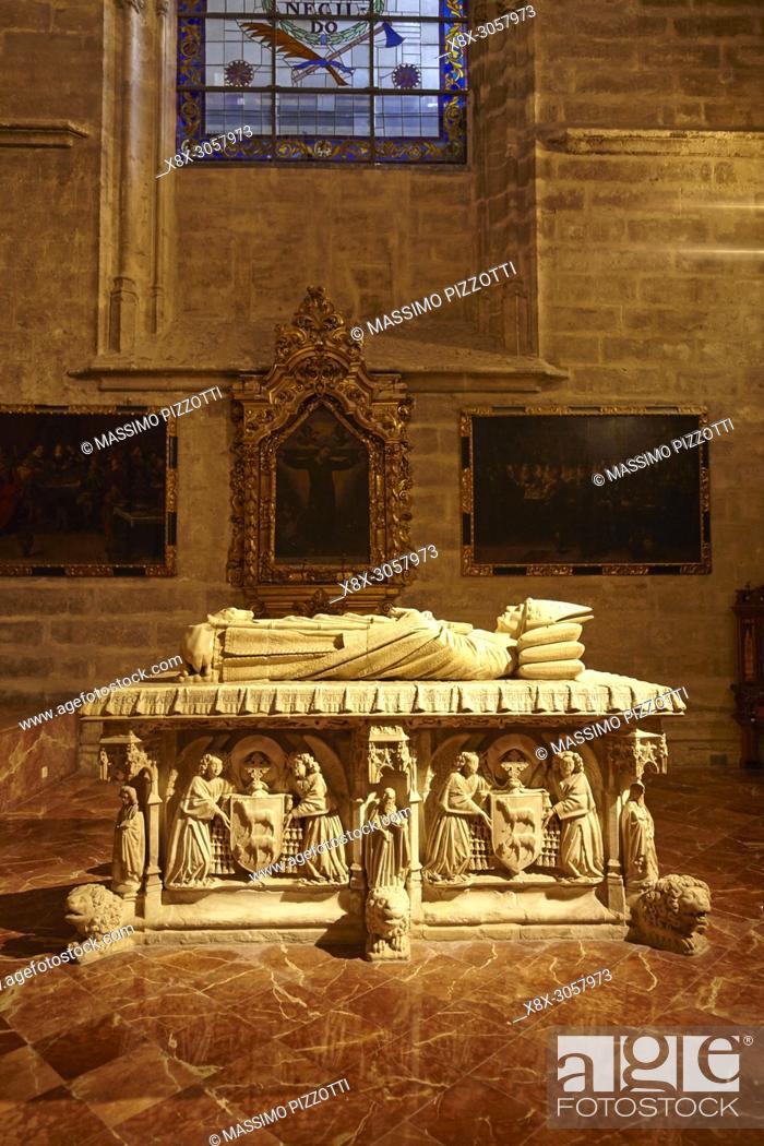Stock Photo: Archbishop Mendoza's Tomb, Seville Cathedral.