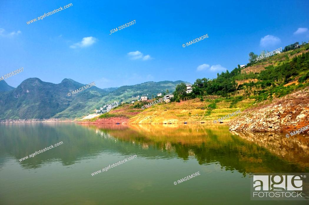Stock Photo: China, Yangtze River, Three Gorges, Shennong Stream.