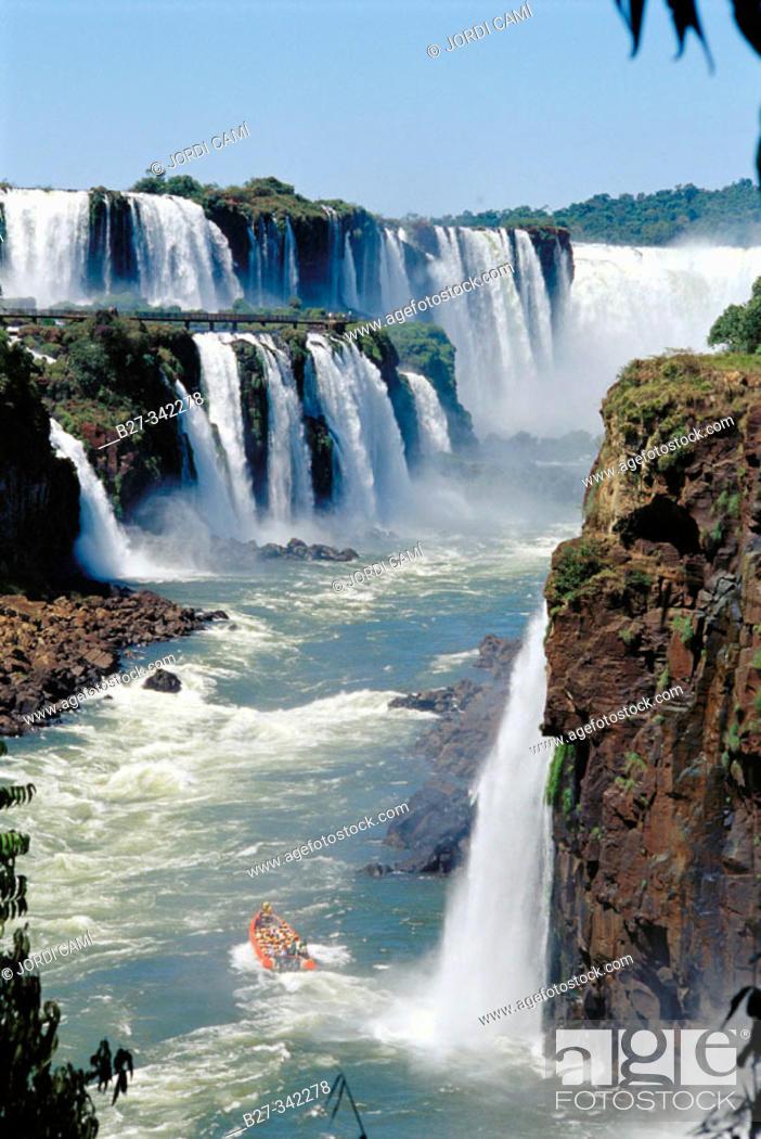 Stock Photo: Iguazu Falls and river. On the right bank, Argentina, San Martín island. On the left bank, Brazil. Iguazu National park. Misiones province. Argentina.