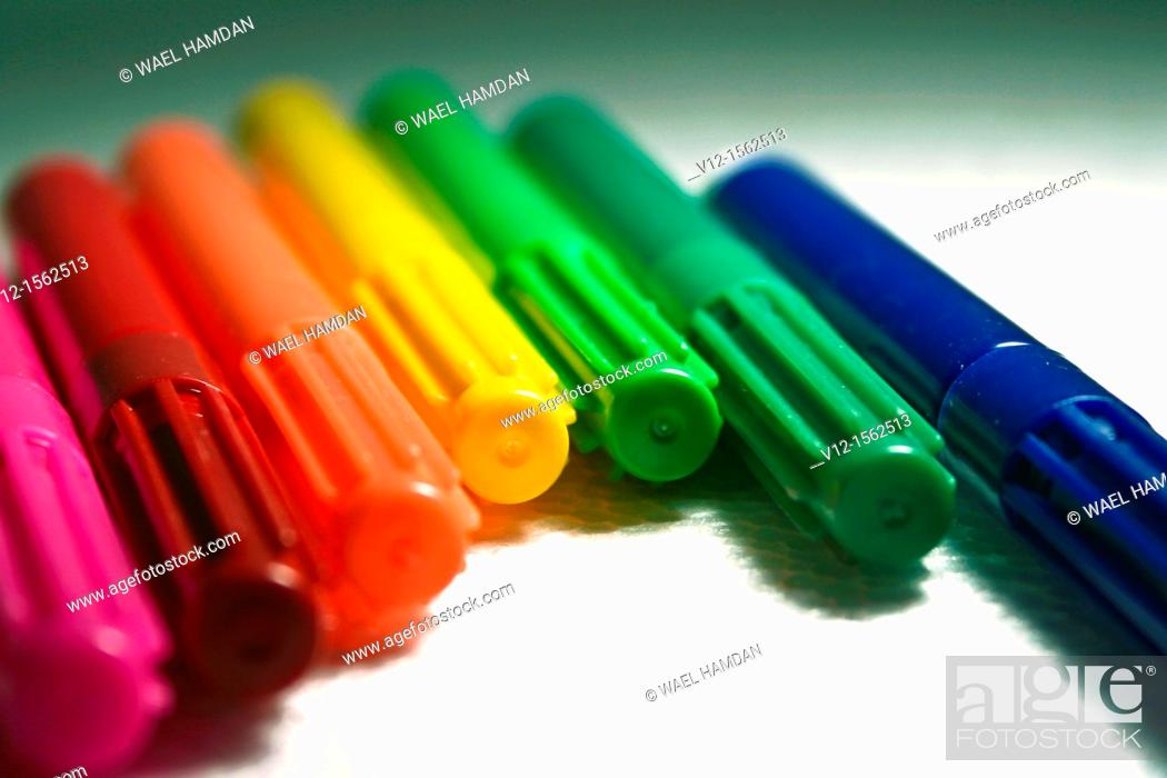 Stock Photo: Close-up of felt tip pens Color markers.