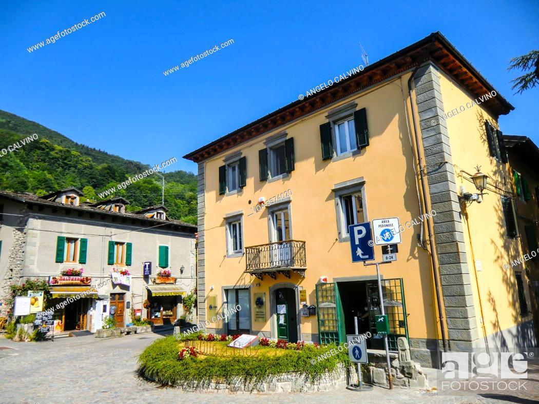 Imagen: Street view of Fiumalbo , Province of Modena in the Italian region Emilia Romagna, Italy, Europe.