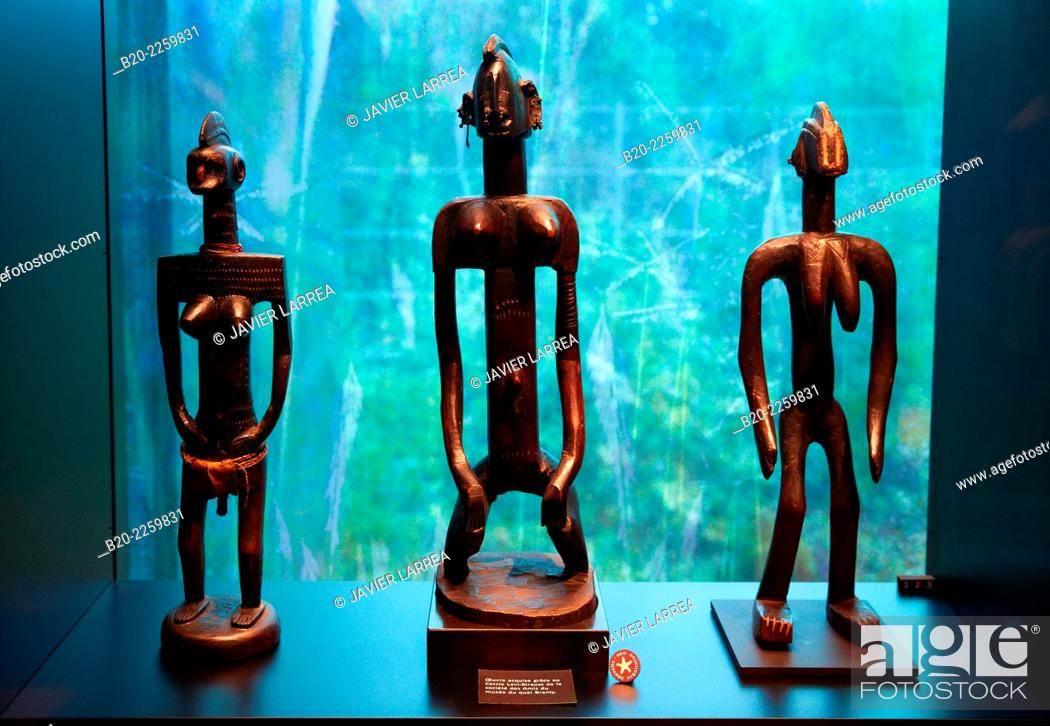 Stock Photo: Musée du Quai Branly museum, specialised for primitive or tribal arts, architect Jean Nouvel. Paris. France.