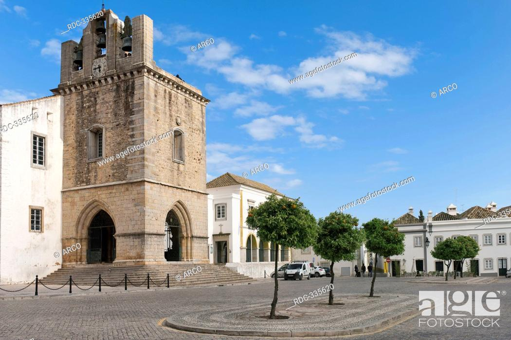 Stock Photo: Cathedral, square Largo da Se, Faro, Algarve, Portugal / Praca da Se.