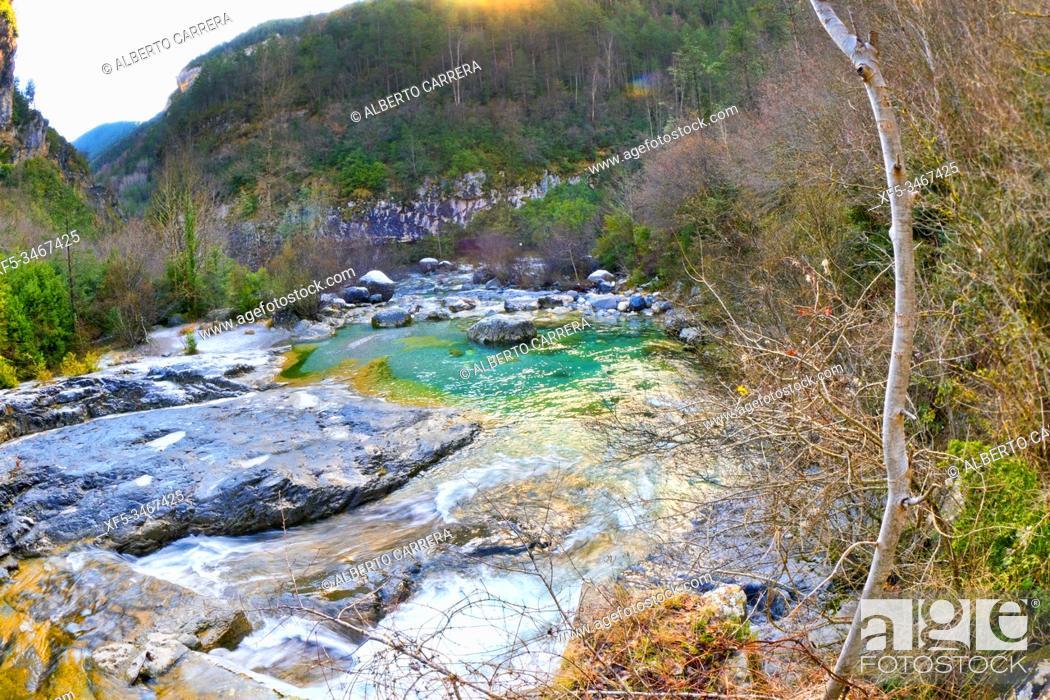 Imagen: Bellós River, Cañón de Añisclo, Añisclo Valley, Geopark Area, Ordesa y Monte Perdido National Park, UNESCO Biosphere Reserve of Ordesa-Viñamala, Pyrennes, Fanlo.