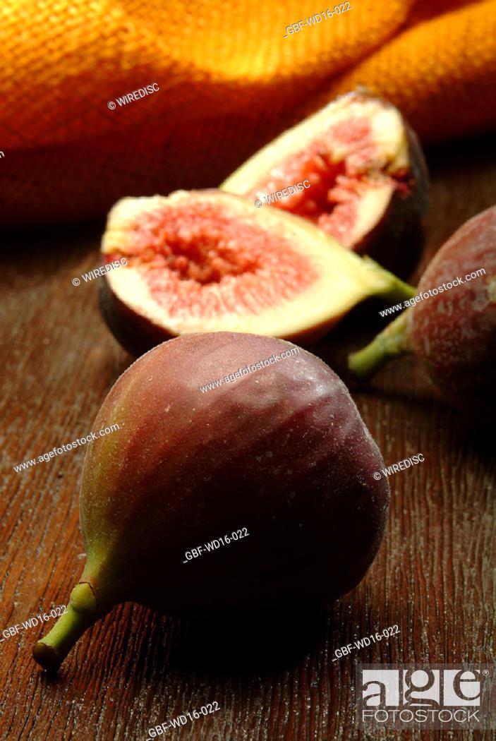 Stock Photo: Food, fruit, fig.