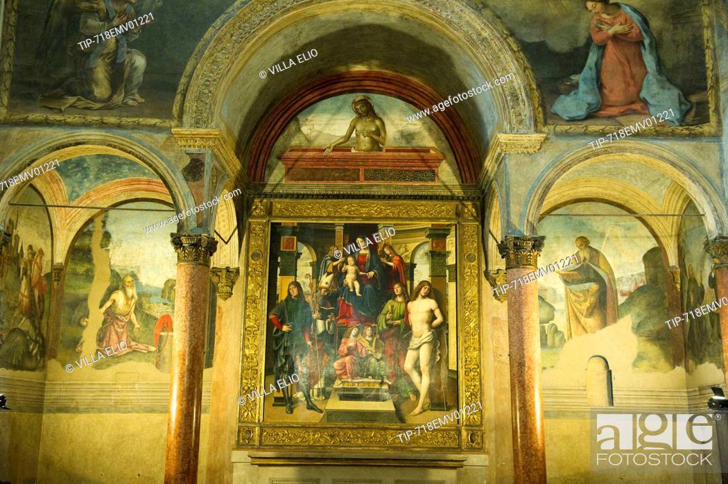 Italy, Emilia Romagna, Bologna, The Basilica of San Giacomo Maggiore ...