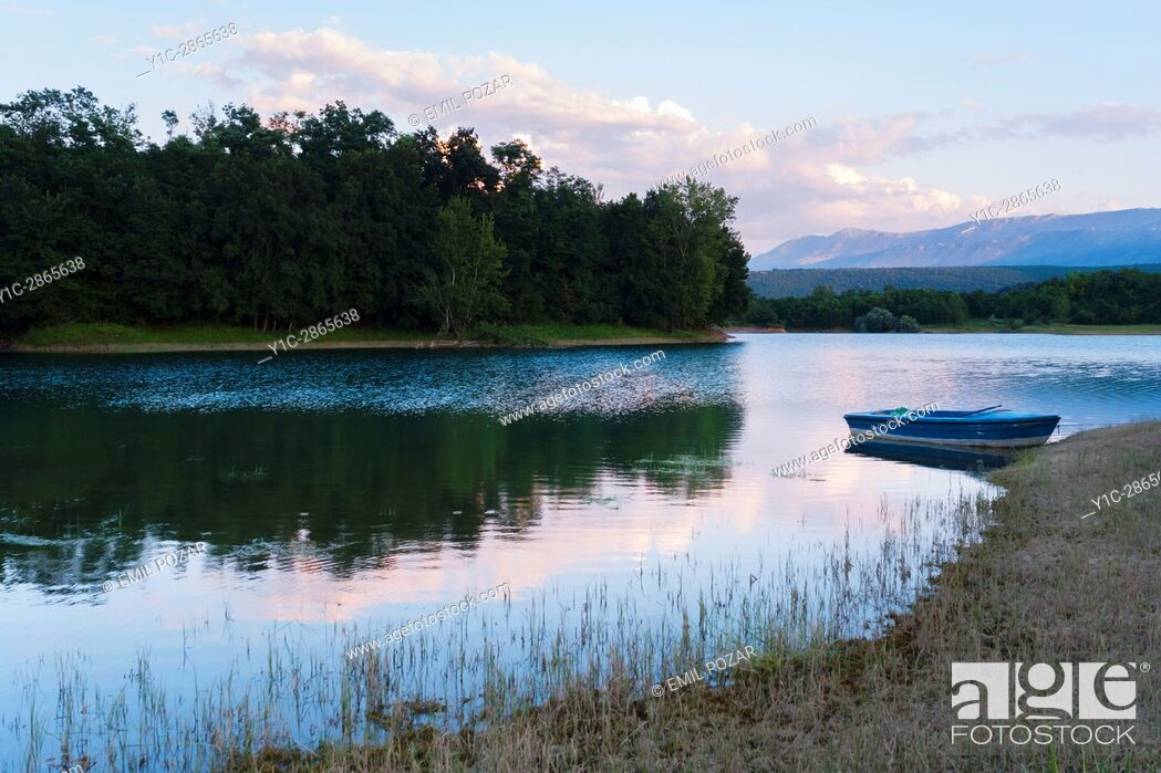 Stock Photo: Peruca lake in Croatia.