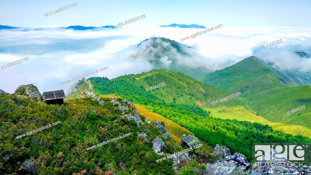 Stock Photo: Cabin in Vildeo peak, Somiedo Nature Park and Biosphere Reserve, Asturias, Spain.