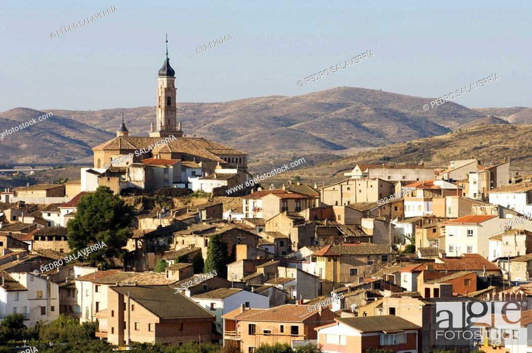 Stock Photo: Ateca; destaca torre mudejar (XVI) de Iglesia de Santa Mari'a (XIII - XIV); Comarca Comunidad de Calatayud; Zaragoza; Arago'n; Espan~a.