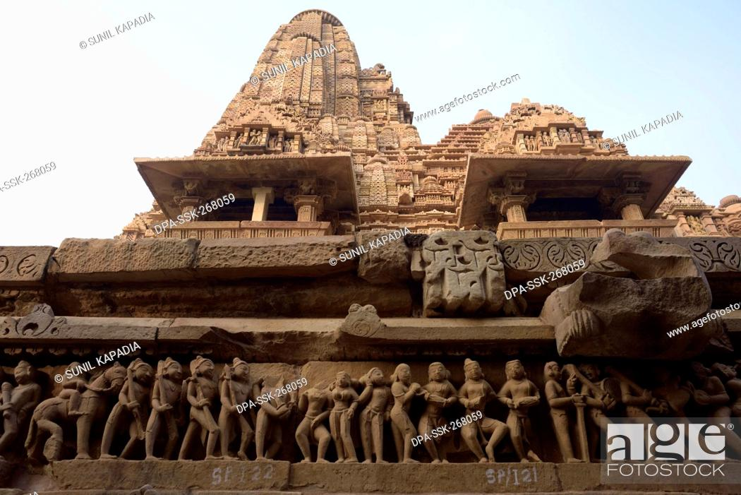 Imagen: sculptures Lakshmana temple, Khajuraho, Madhya Pradesh, India, Asia.