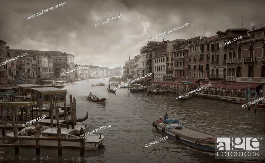 Stock Photo: Boats in Grand Canal.