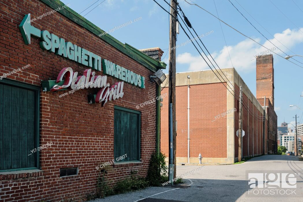 Stock Photo: USA, Tennessee, Memphis, former industrial buildings.