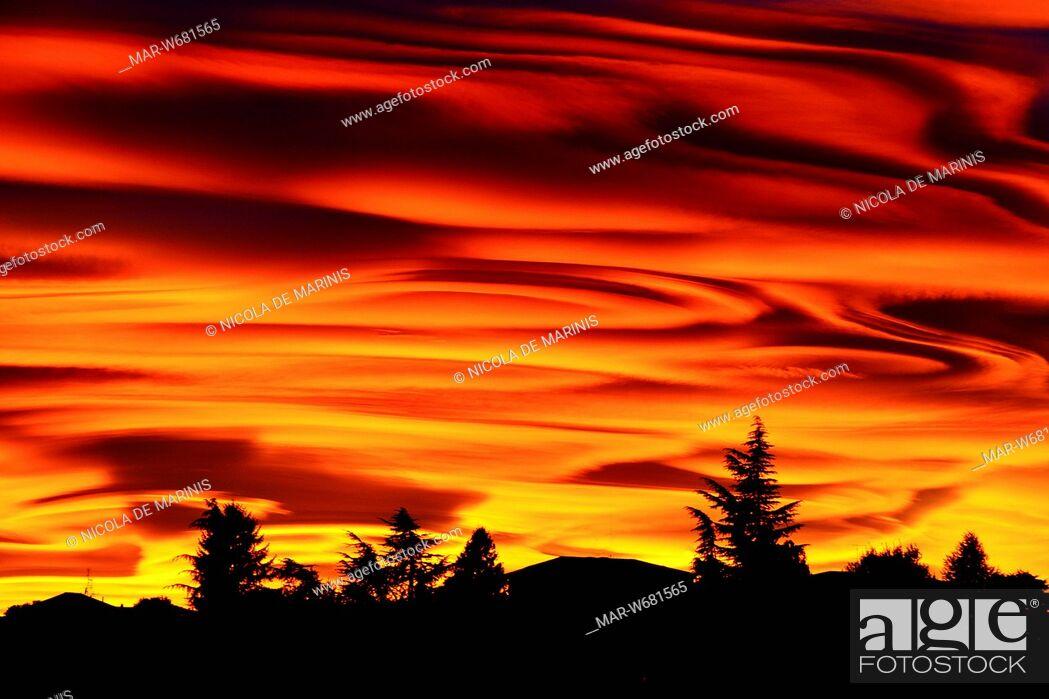 Stock Photo: tramonto a como, lombardia.