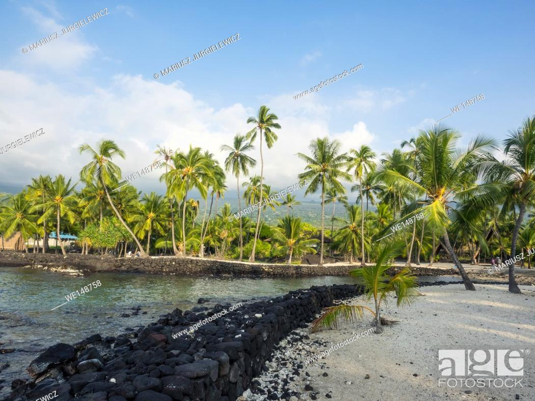 Stock Photo: Puuhonua o Honaunau National Historical Park preserves the site where, up until the early 19th century, Hawaiians who broke a kapu (one of the ancient laws).