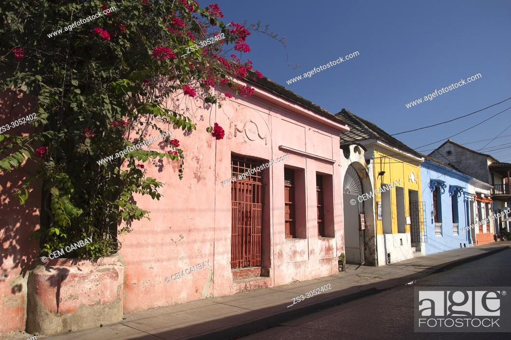 Stock Photo: View to the colonial buildings at the historic center, Cartagena de Indias, Bolivar, Colombia, South America.