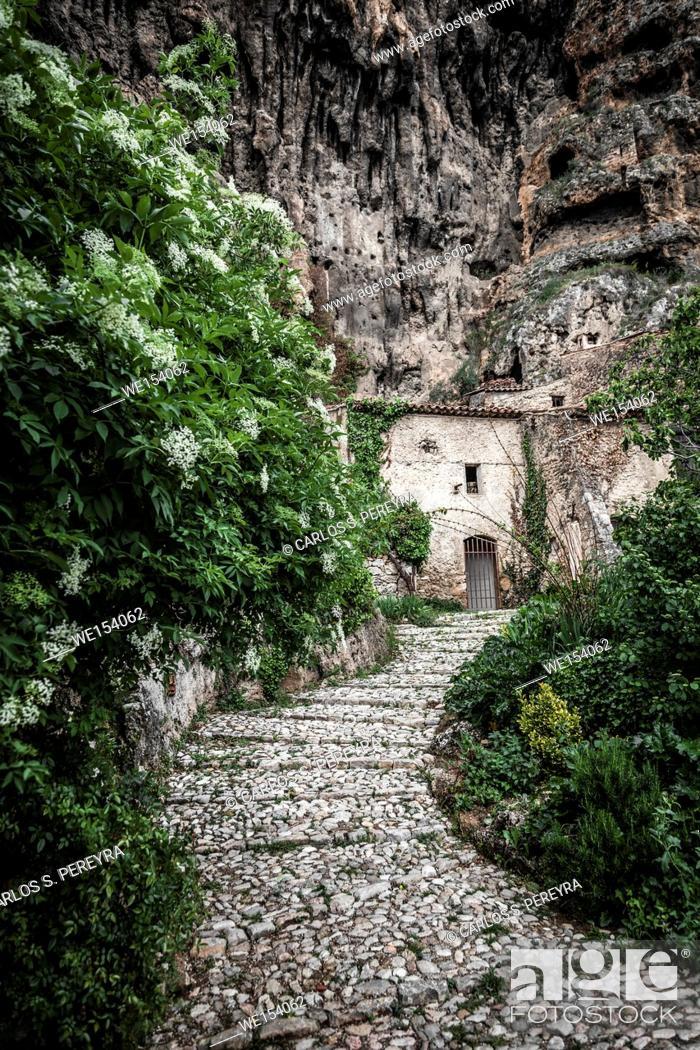 Stock Photo: Villecroze cave dwellings, Var department, Provence-Alpes-Côte d'Azur, France Europe.