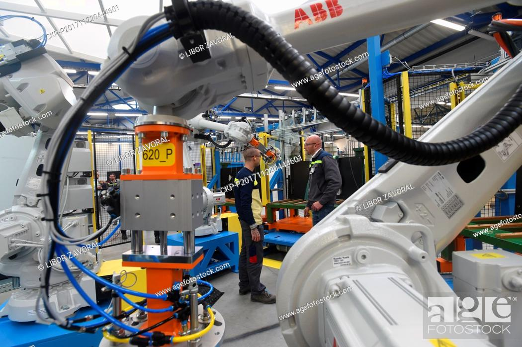 Agc Automotive Czech Company Automotive Glass Manufacturer