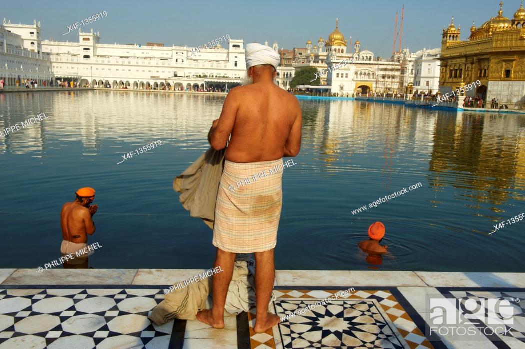 Stock Photo: India, Penjab, Amritsar, Harmandir Sahib Golden Temple, spiritual and cultural centre of the Sikh Religion.