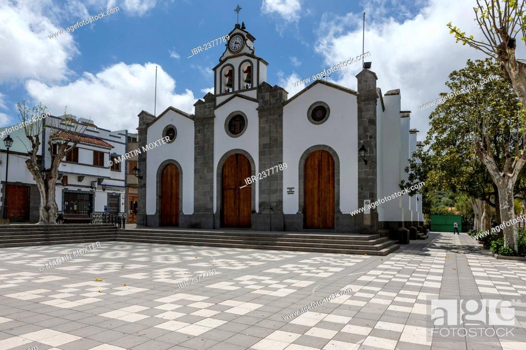 Stock Photo: Church of San Vincente Ferrer, village of Teror, Gran Canaria, Canary Islands, Spain, Europe, PublicGround.