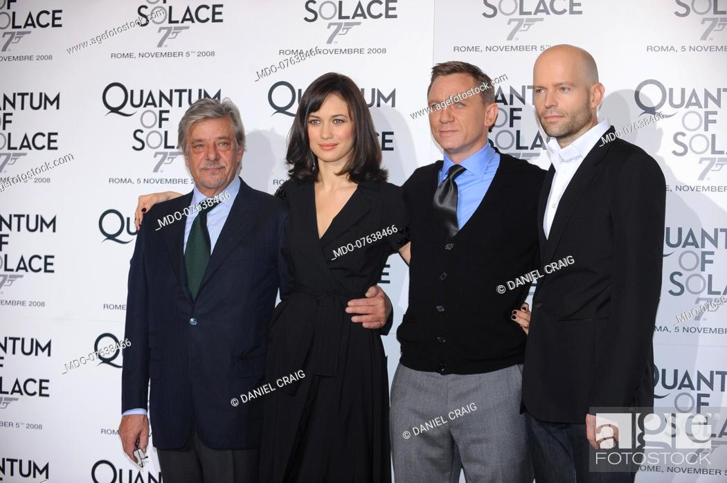 Stock Photo: The actors Daniel Craig, Giancarlo Giannini and Olga Kurylenko with the director Marc Forster during the photocall of the film Quantum of Solace.