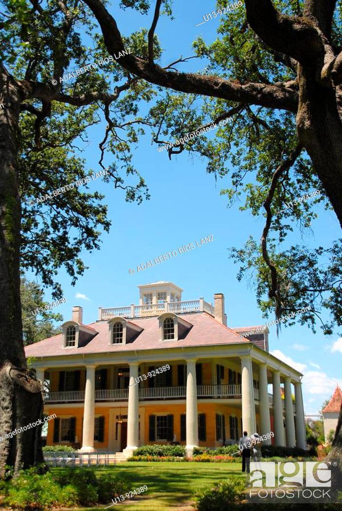 Stock Photo: Houmas Plantation House, Darrow, Louisiana, USA.