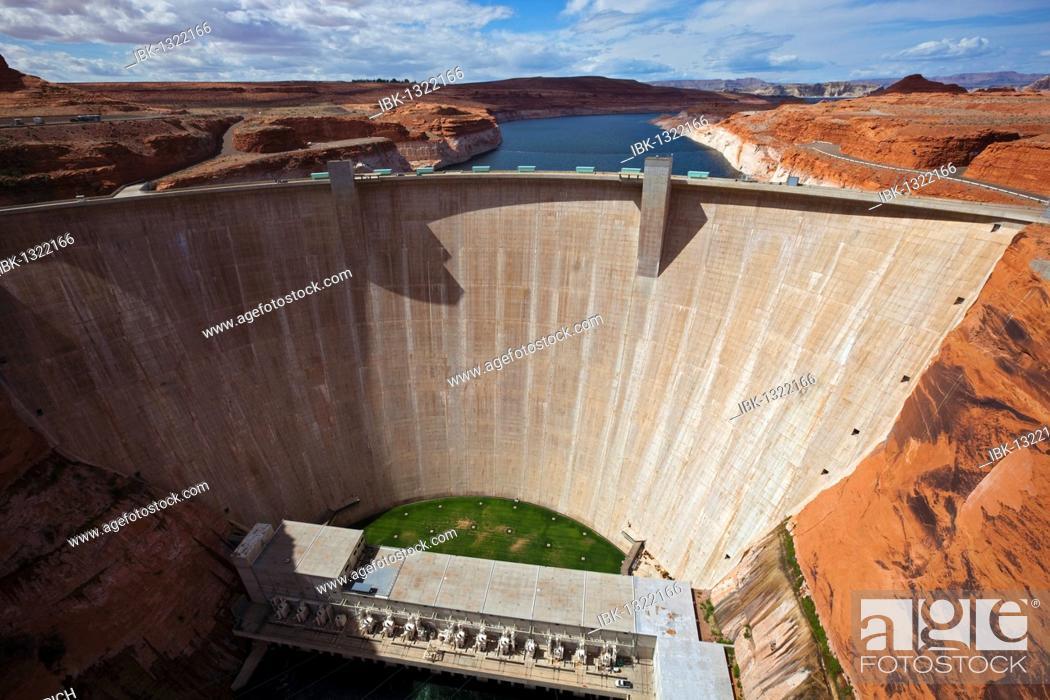 Stock Photo: Glen Canyon Dam, Page, Arizona, USA.