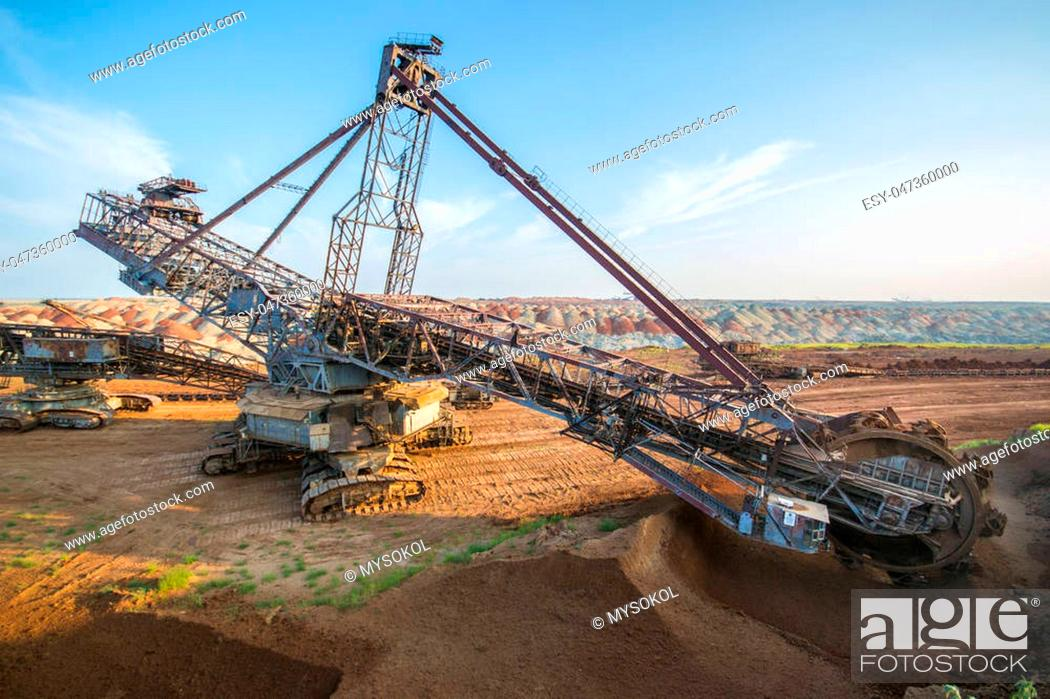 Biggest Excavator In The World Working Bagger 228 Ukraine Stock Photo Picture And Low Budget Royalty Free Image Pic Esy 047360000 Agefotostock