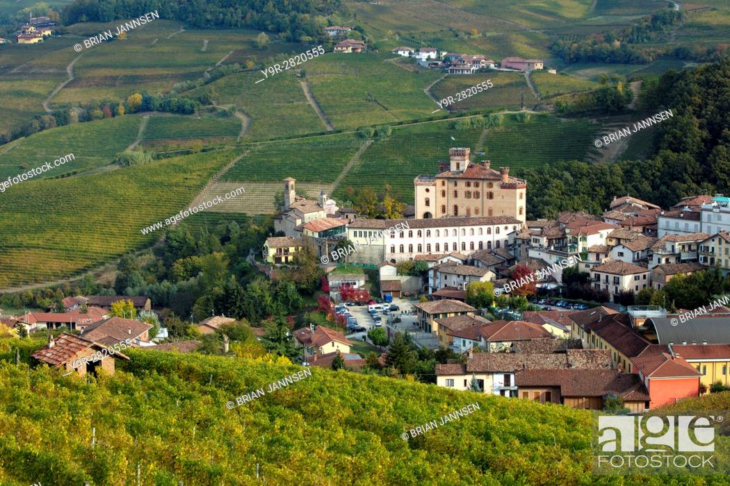 Stock Photo: View over town of Barolo in the Langhe Region of Piemonte, Italy.