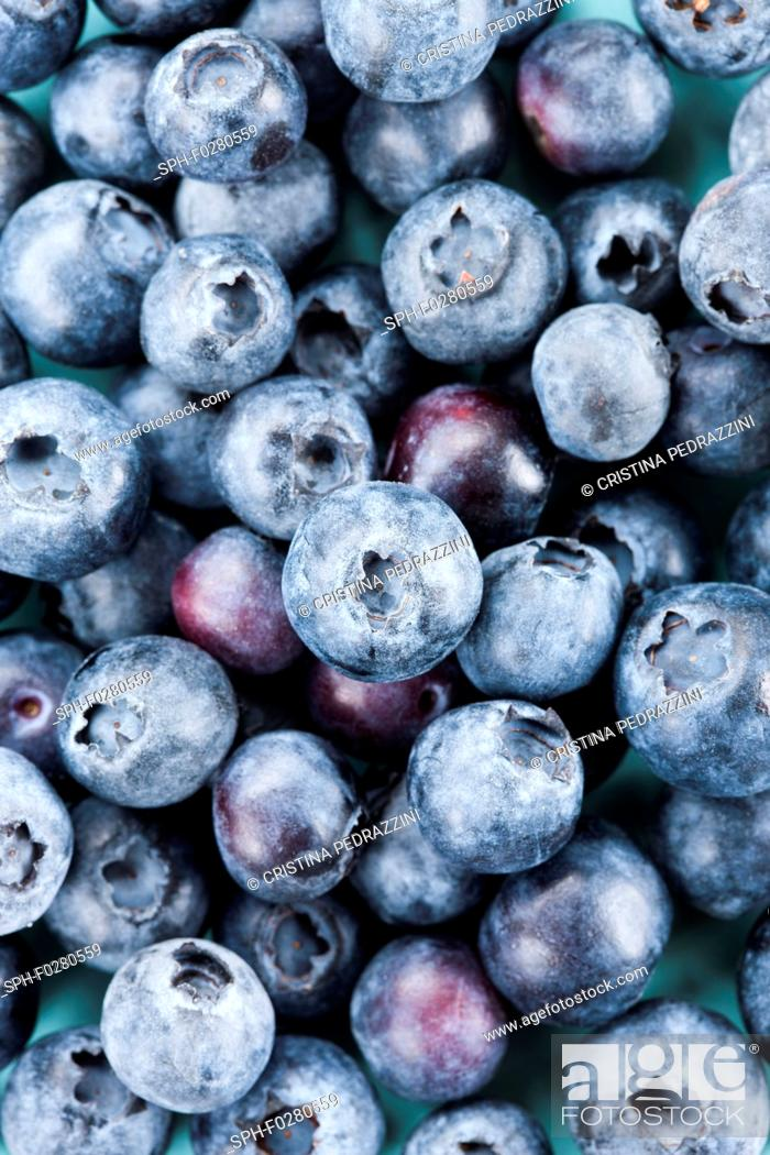 Stock Photo: Close-up of fresh blueberries.