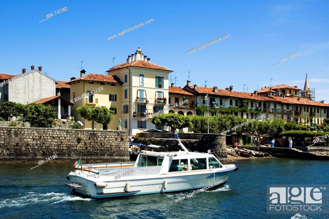 Stock Photo: At the Lake Lago Maggiore Piedmont Piemonte Italy Island Isole Borromee Isola dei Pescatori near Stresa.