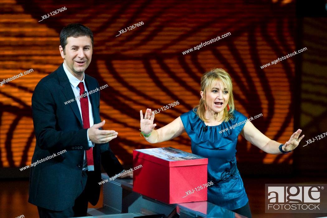 Imagen: 28 11 2010, Milan, 'Che tempo che fa' Telecast RAI 3  Fabio Fazio and Luciana Littizzetto.
