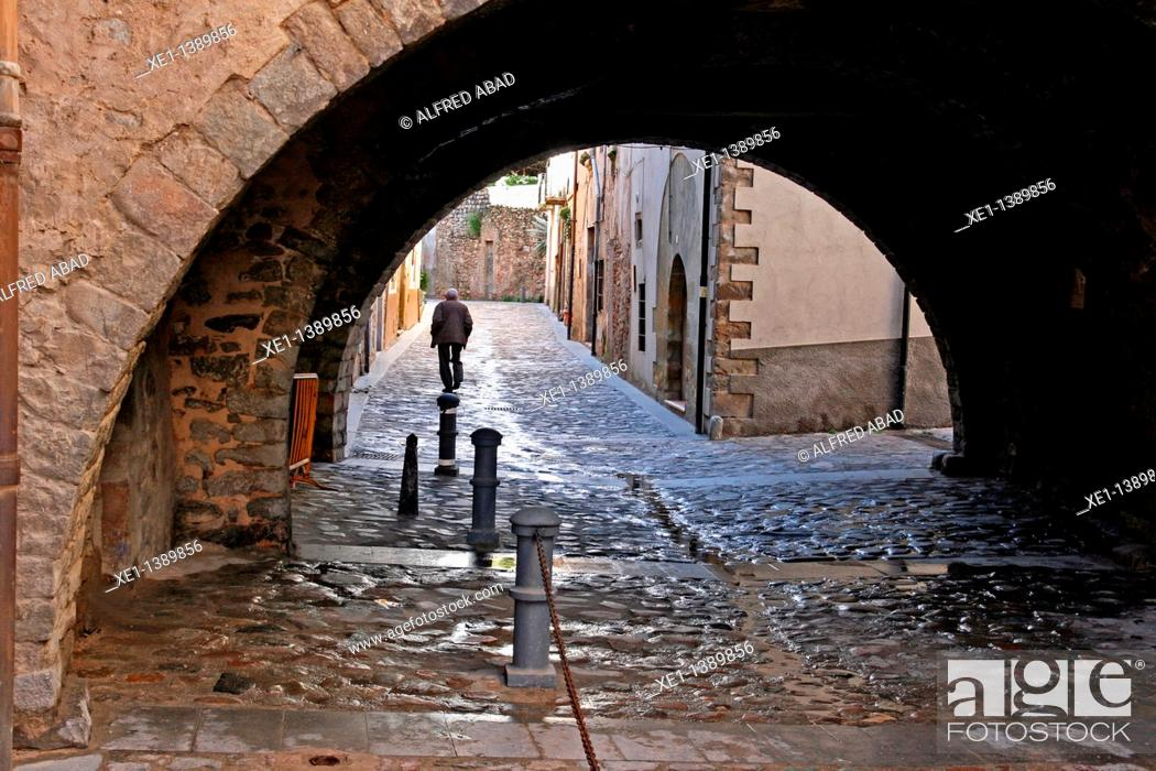 Stock Photo: arcade, Angles, Girona, Catalonia, Spain.