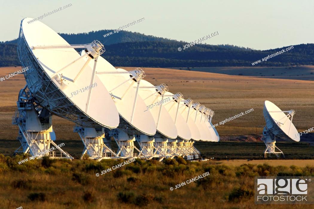 Stock Photo: Very Large array  VLA . Radio telescopes near Socorro, New Mexico.